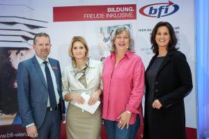 Geschäftsführung BFI Wien, Moderatorin und Bettina Stackelberg